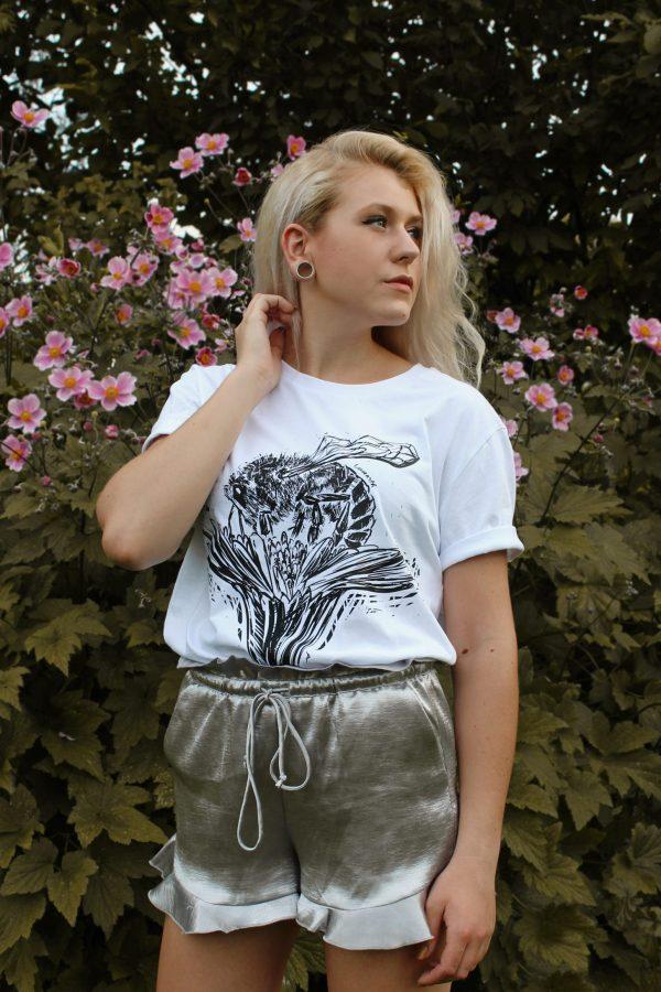"""Unisex organické tričko """"Včela na kvete"""""""
